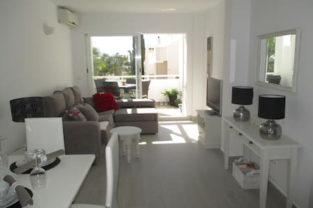 LUXURY GROUND FLOOR APARTMENT - Mojácar