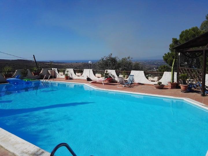 Villa con piscina esclusiva
