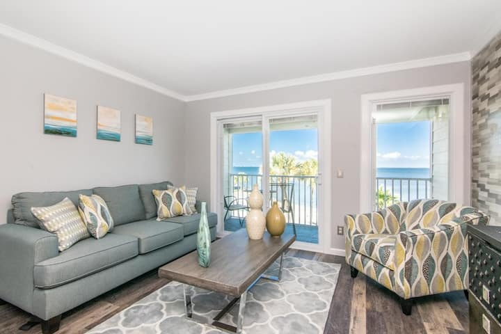 Beautiful Bay View Condo