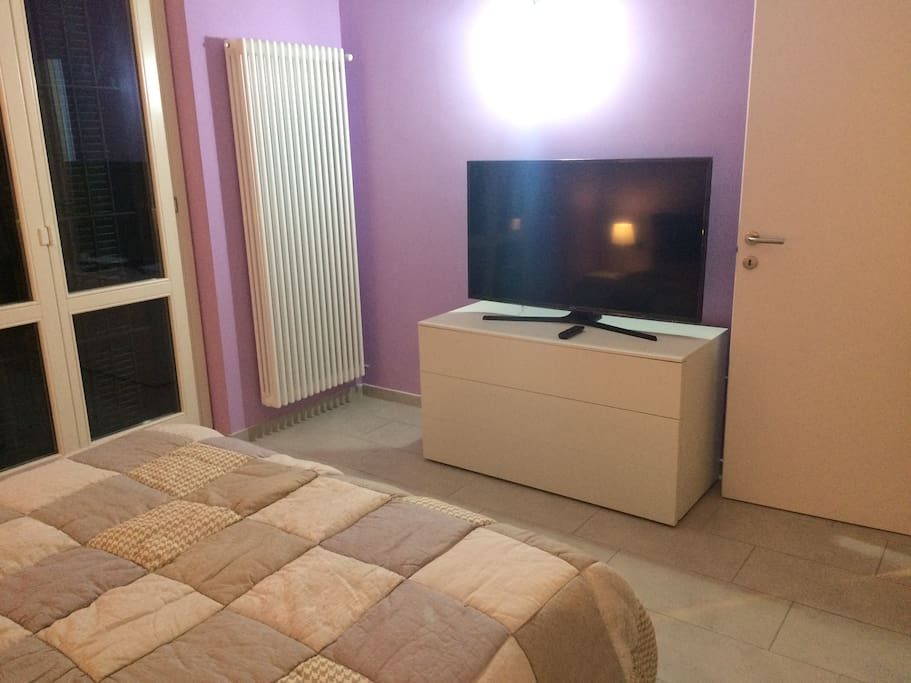 4k Samsung UDHD TV