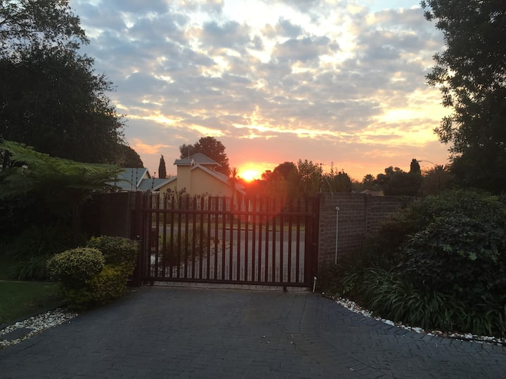 Pet friendly self catering  complete house