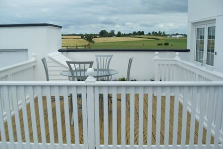 Apt 1 - Riverview Holiday Village - Carlow - Apartment