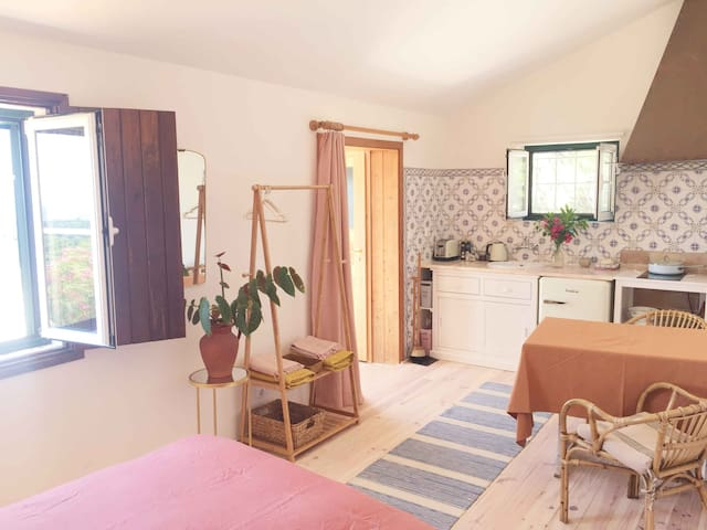 Private Studio with pool & own sea view terrace