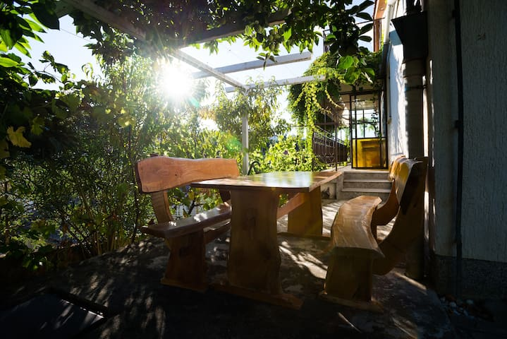 Mediterranean Garden House in Izola - Jagodje - Ev