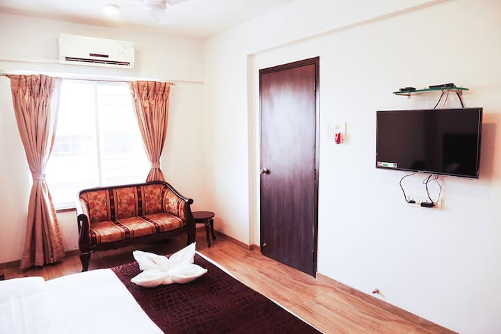 Full 3 Bedroom Apartment in Kalina Near BKC