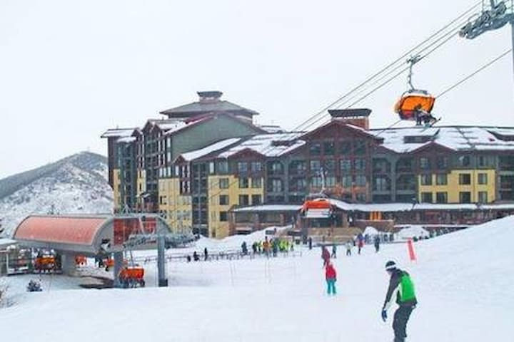 True Ski in n out, 50 feet from gondola
