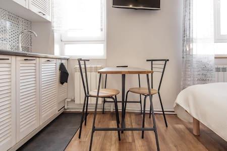 Квартира в центре - Odesa - Apartment