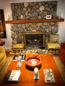 East Meets West, a fusion B&B (A) - Sooke - Szoba reggelivel