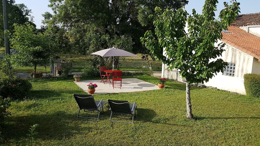 Rural get away with private garden & shared pool.