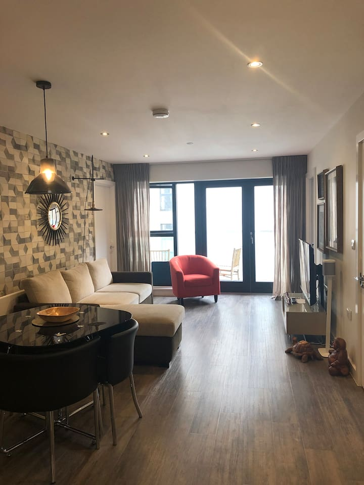St Helier Ensuite Double Room with parking
