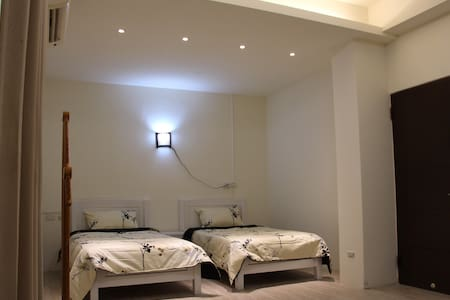 宜蘭 三星 河邊厝DOMUS RIPARIA 摩登時尚雙床房(TWIN BED)/ 可包棟請洽詢