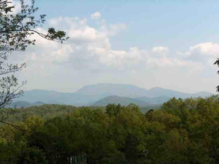 Almost Eden A great Smoky Mountain getaway