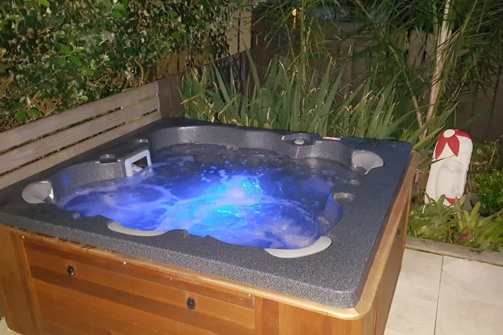 Tropical night time feel in a hot spa