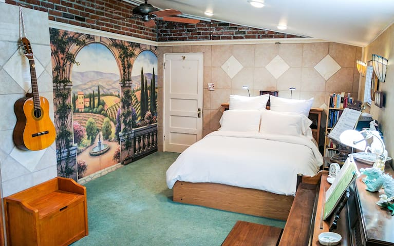 * NEW Private Riverwalk Suite in Heart of Reno * - Reno - Leilighet