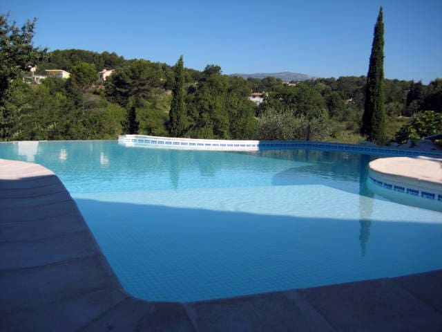 Private double room near Valbonne: 'Figue' - Opio - Casa