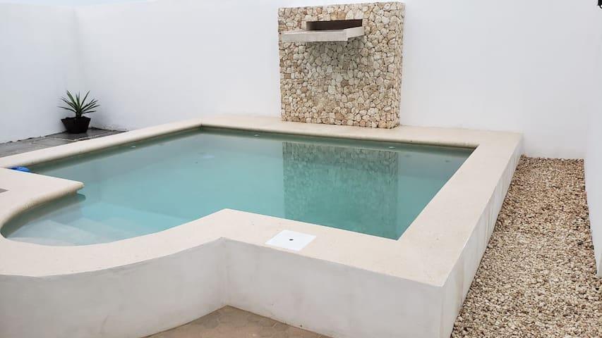 Casa Fuente de Piedra in Chelem