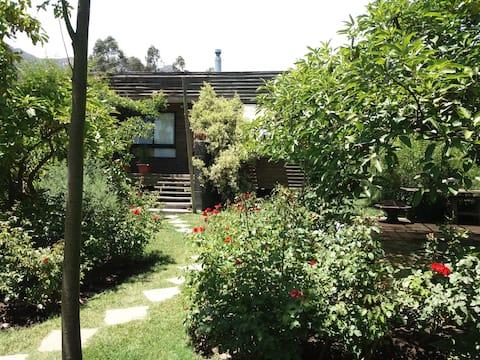 Comoda cabaña con entorno natural