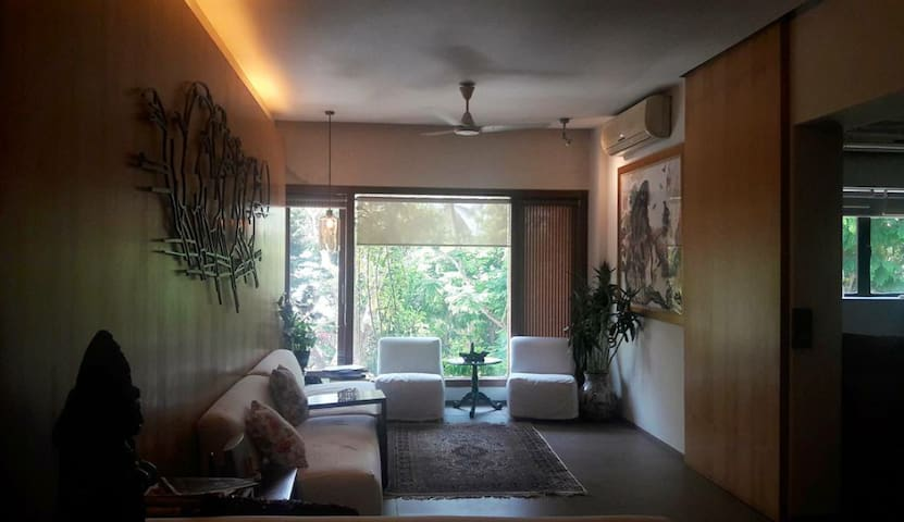 Beautiful nature embraced apartment in Colaba - Bombay - Apartamento