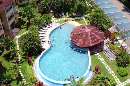 4- STAR Secure Gorgeous Luxury PH Oaks Tamarindo