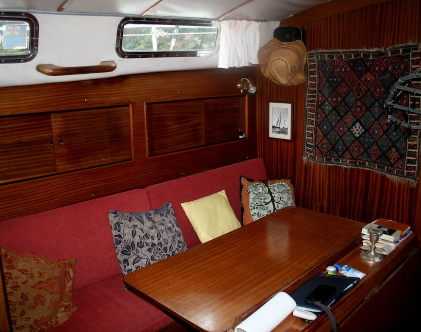 Main cabin and convertible bunks