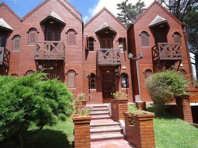 Duplex en Alquiler en Villa Gesell