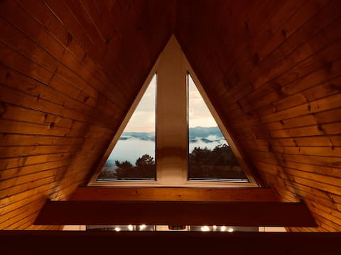 A-frame w/ Mountain Views, Mid-Mod,  Retreat