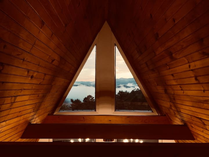 New! A-frame w/ Mountain Views, Mid-Mod,  Retreat