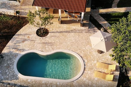 Seascape Guesthouse Korcula by the sea