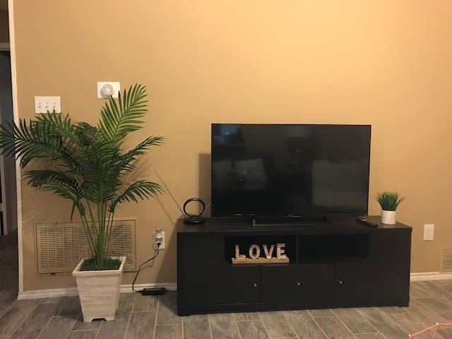 TV and WiFi available