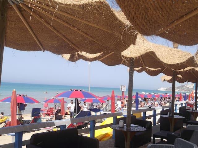 18km Agrigento- terrazzo vista mare - Siculiana Marina