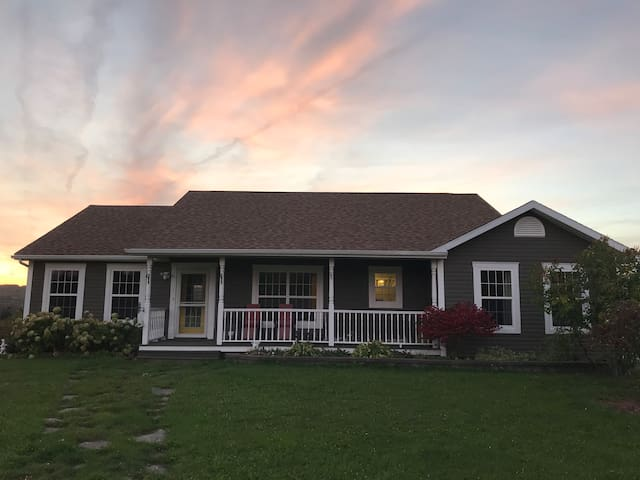 Waterfront house Cape Breton- 1 bedroom B&B