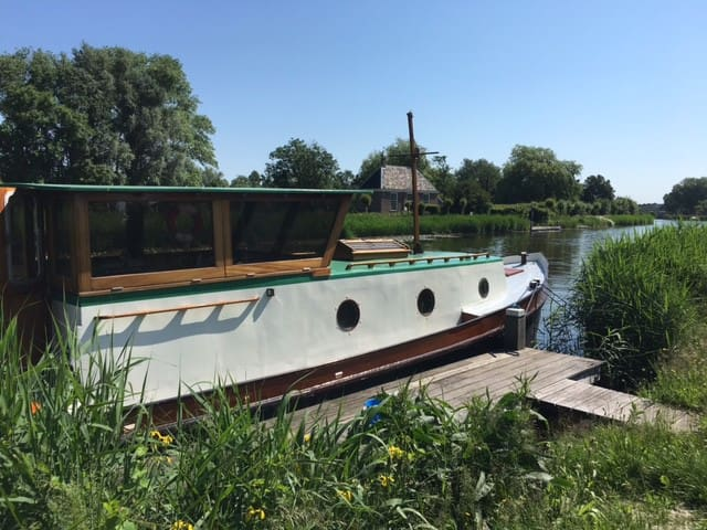 Beautiful Renovated boat on the Amstel river - Ouderkerk aan de Amstel