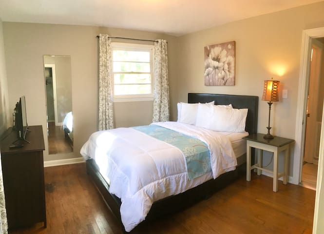 Each bedroom has a dresser, large closet, privacy curtains, full length mirror, USB port outlet, and a smart TV.  Book as long or as short as you like.  You're sure to be comfortable.