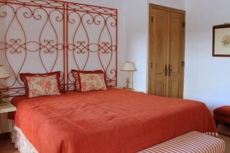 Quinta da Espada -  Apartamento pequeno - Evora - Bed & Breakfast