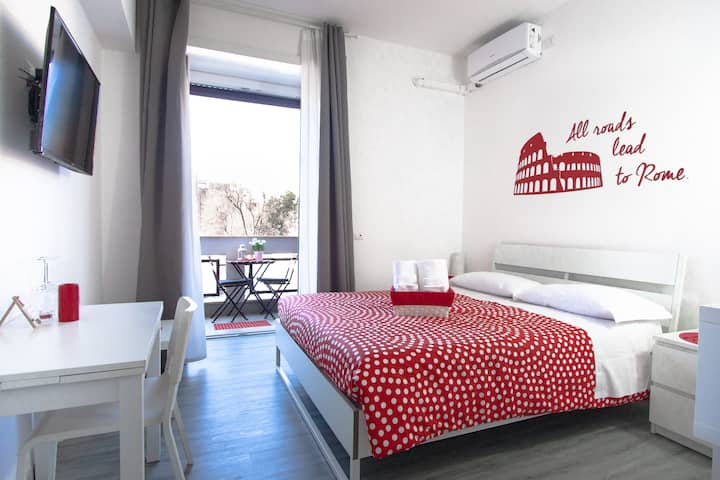 B&B Easy Room with private bathroom Colosseo