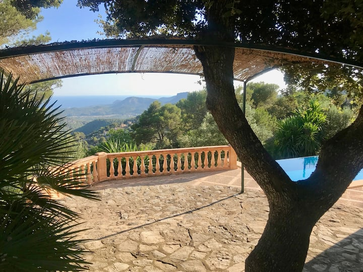 Lovely villa with stunning view in Galilea