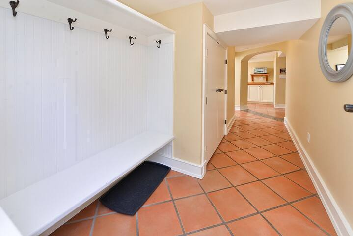 The hallway as you enter your space.