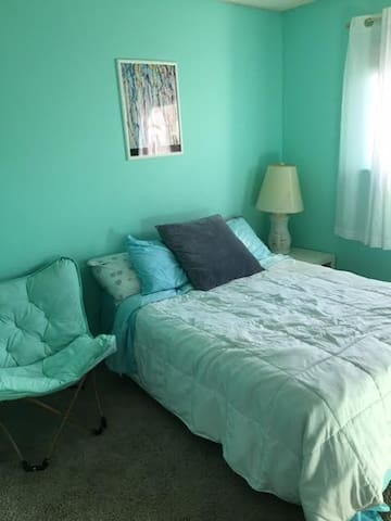 Comfortable room on quiet culde sac - Sacramento - House
