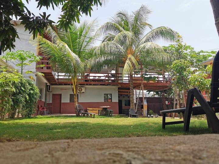 Monteiro Paradise - Guest House