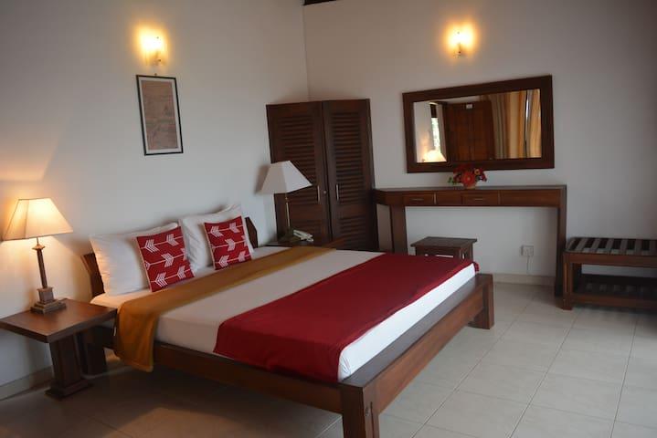 Kandy Highland Unique Hotel