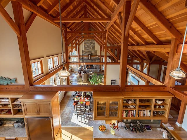 140-Acre Private Estate Offering Peace and Quiet - Goshen