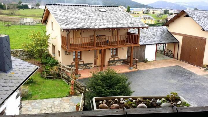Fantástica casa de aldea
