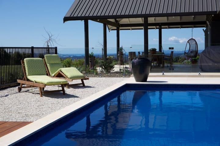 "Lodore Lodge, Kerikeri ""Comfort-Relaxation-Style"""