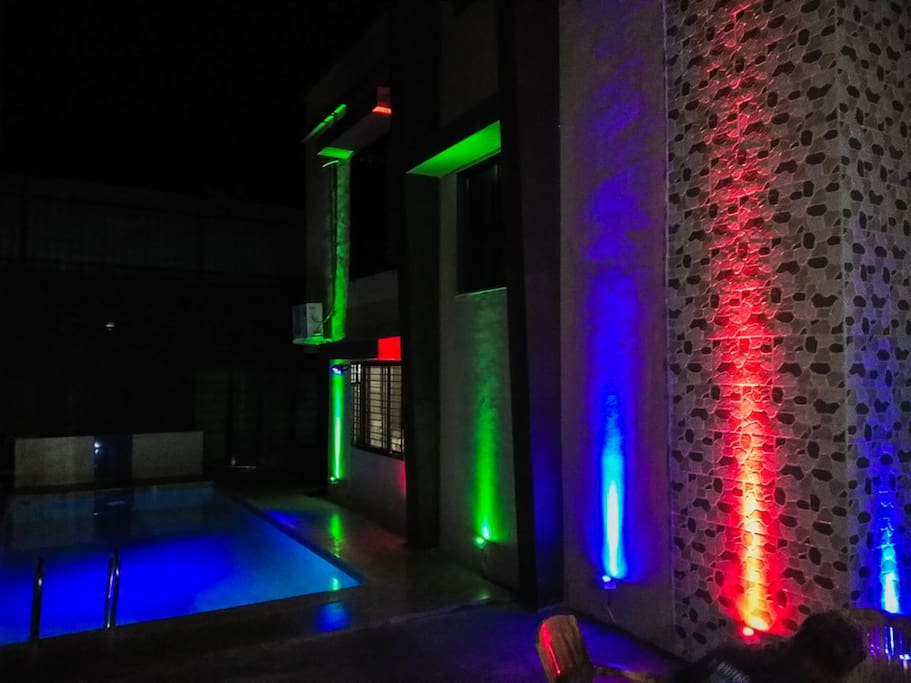 Night Villa LED view