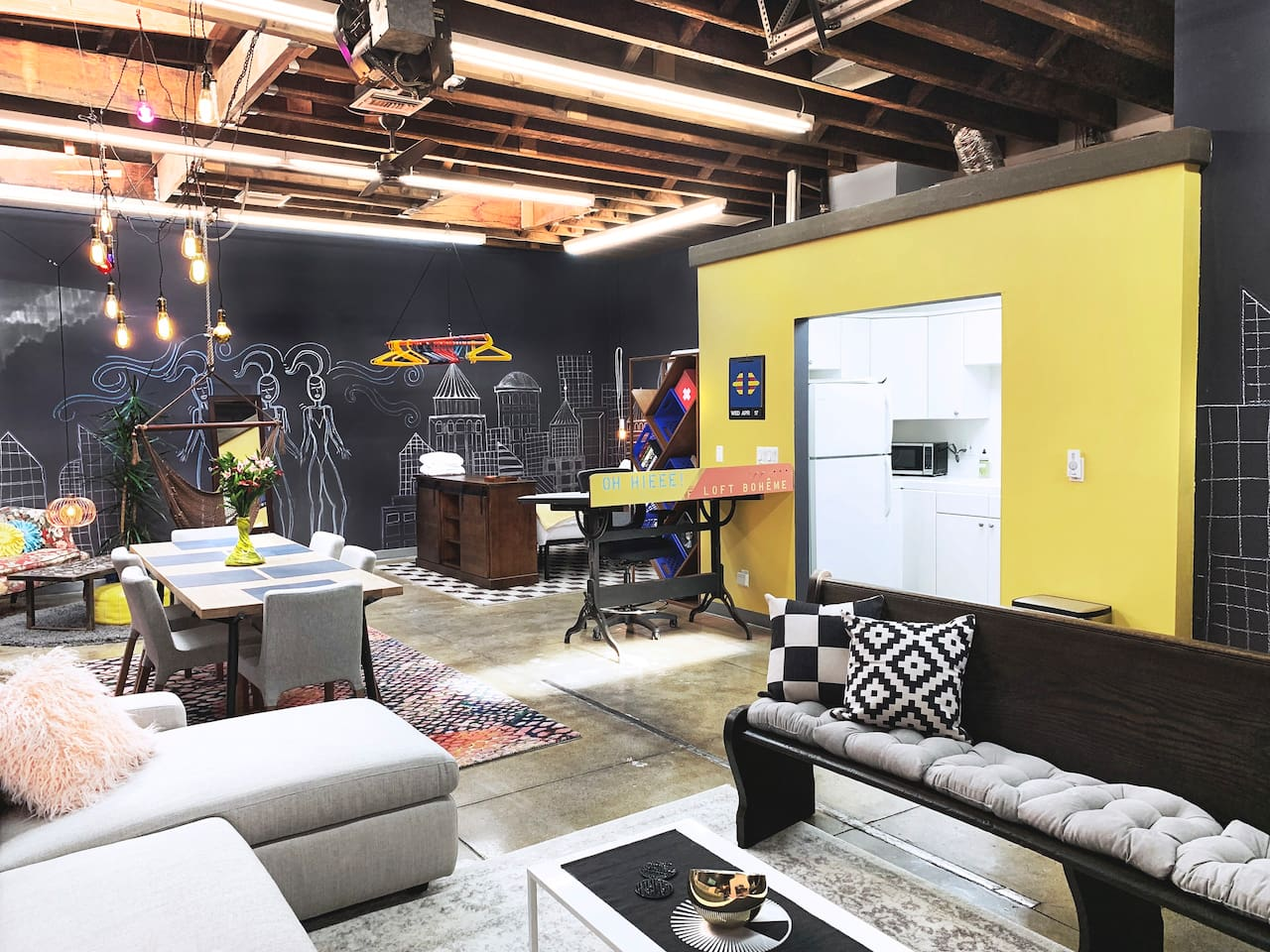 Creative bohemian space that is comfortable yet chic & vibrantly colorful yet visually peaceful. The loft's urban, industrial, and chill vibes compliment its location in the heart of Long Beach's vibrant East Village Arts District.