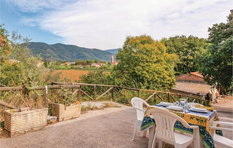 Holiday cottage with 2 bedrooms on 75m² in Vecchiano PI