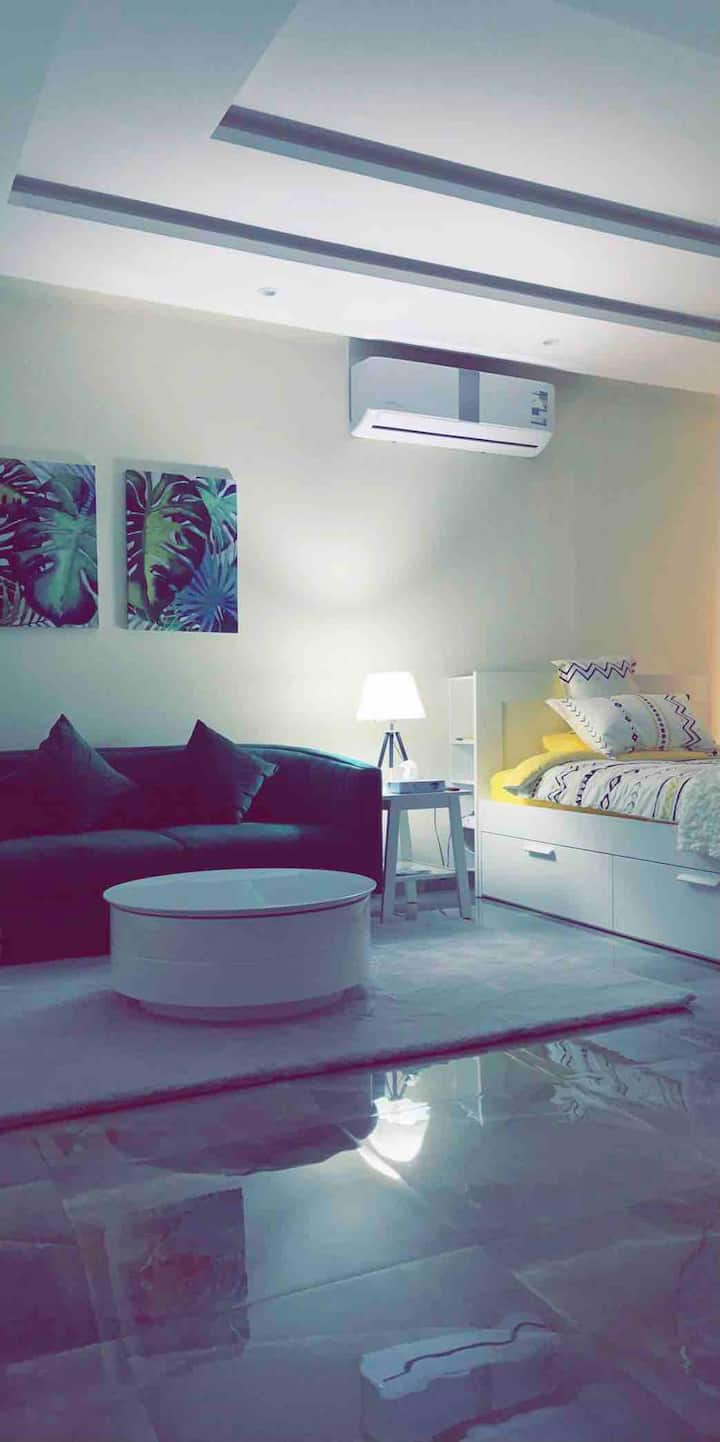 Modern Apartment Near by All services.حي الملقا