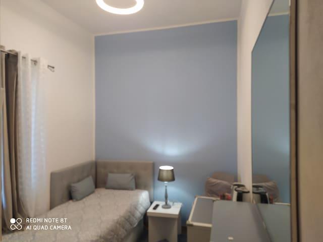 ingresso riservato, stanza con bagno e uso cucina