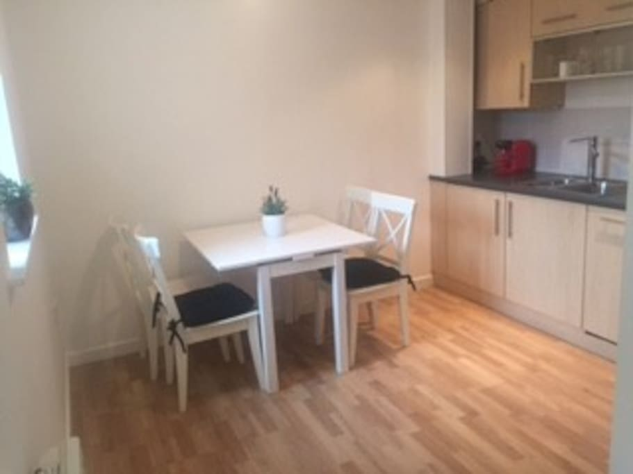Kitchen Diner seating up to 4 people