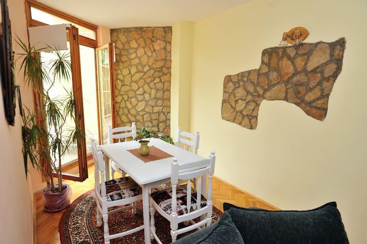 Apartment Almira